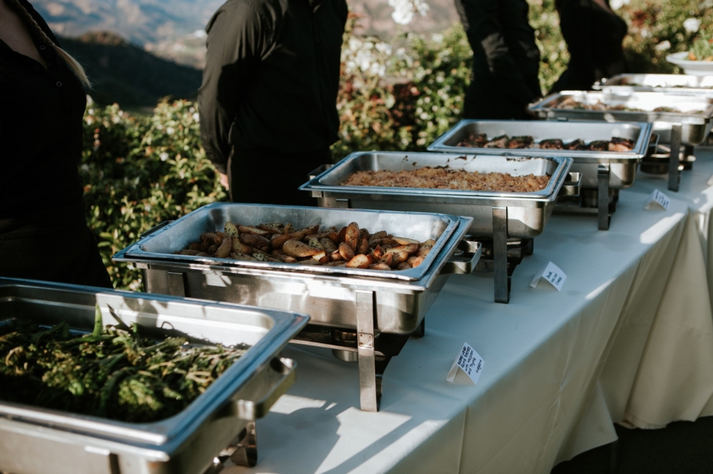 A Time To Remember: Hiring Your Wedding Catering